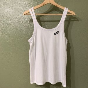 VOLCOM WHITE TANK WITH PATCH